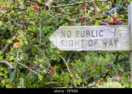 'No Public Right of Way' Fingerpost in the Peak District National Park - Stock Photo