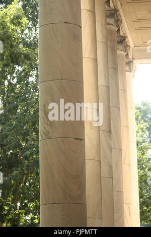 Close-up of classical style columns on building in Charlottesville, Virginia, USA - Stock Photo