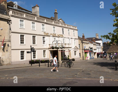 Early eighteenth century architecture, Angel Hotel in the town centre market place of Chippenham, Wiltshire, England, UK - Stock Photo