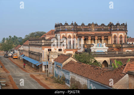 Kanadukathan, India - March 12, 2018: Street scene in the Chettinad region, an area renowned for grand houses. Many of them are now unoccupied - Stock Photo