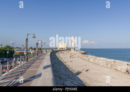 Coarle, Italy (8th September 2018) - The promenade along the sea that ends with the Shrine of Our Lady of the Angel - Stock Photo