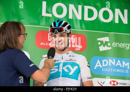London, UK. 9th September, 2018. Team Sky's Chris Froome prepares to compete in the 77km London Stage (Stage 8) of the OVO Energy Tour of Britain cycle race. Credit: Mark Kerrison/Alamy Live News - Stock Photo