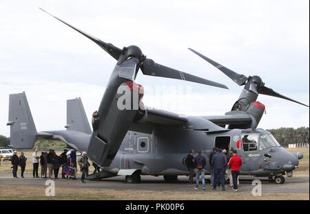 Kleine Brogel. 10th Sep, 2018. People visit an 'Osprey' during the Belgian Air Force Day in Kleine Brogel Air Base in Belgium, on Sept. 9, 2018. Credit: Wang XiaoJun) (dtf/Xinhua/Alamy Live News - Stock Photo