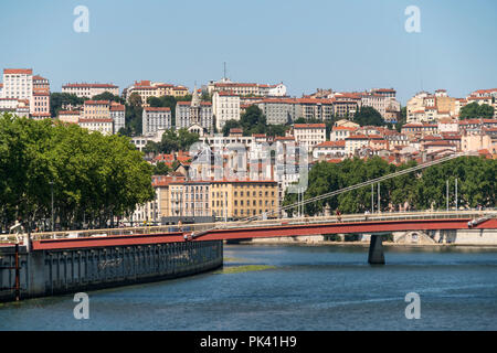 Lyon und der Fluss  Saone, Auvergne-Rhone-Alpes, Frankreich  | Lyon and Saone river, Auvergne-Rhone-Alpes, France - Stock Photo