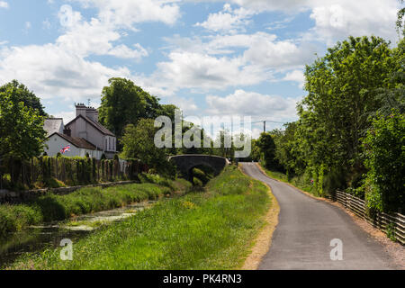 Newry Canal and towpath at Scarva, County Down, N.Ireland. - Stock Photo