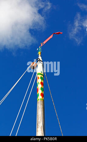 A view of the masthead of the Norfolk Pleasure Wherry Hathor moored on the River Ant by How Hill, Ludham, Norfolk, England, United Kingdom, Europe. - Stock Photo