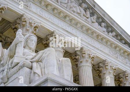 US Supreme Court building in Washington DC - Stock Photo