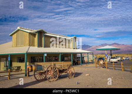 Stovepipe Wells way-station in the northern part of Death Valley - Stock Photo