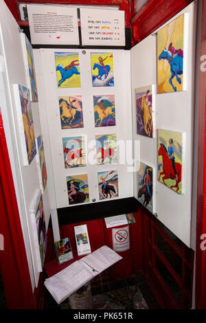 UK, Yorkshire, Settle, Green Head Lane, the Gallery on the Green, in old red K6 phone box, world's smallest art gallery, dales and dames exhibition by - Stock Photo