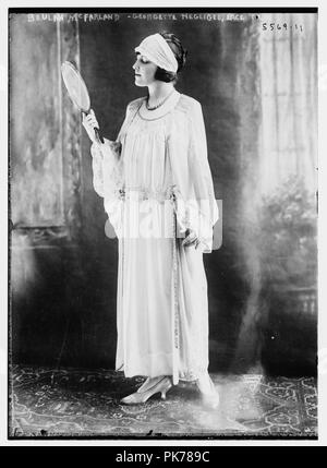 Beulah McFarland, Georgette negligee, lace - Stock Photo