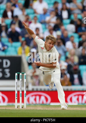 Kia Oval, London, UK. 11th Sep, 2018. Specsavers International Test Match Cricket, 5th test, day 5; Sam Curran of England Credit: Action Plus Sports/Alamy Live News - Stock Photo