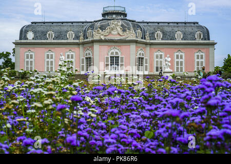 The Benrath palace is a Rococo style building by the French architect Nicolas de Pigage built in 1770  Featuring: Atmosphere Where: Dusseldorf, Germany When: 11 Aug 2018 Credit: Oscar Gonzalez/WENN.com - Stock Photo