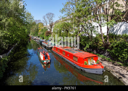 Houseboats and narrowboats on the Regent's Canal in Islington, London England United Kingdom UK - Stock Photo