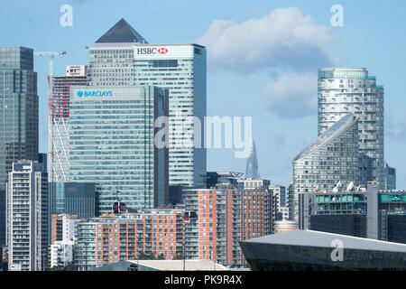 Views of buildings in Canary Wharf, London. Photo date: Saturday, July 28, 2018. Photo: Roger Garfield/Alamy - Stock Photo