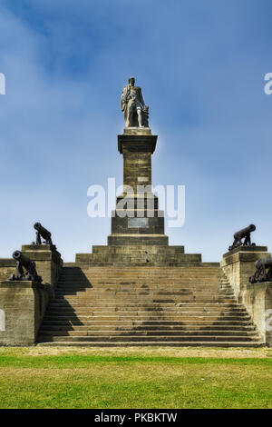 Lord Collingwood Monument above the mouth of the river Tyne, Newcastle. - Stock Photo