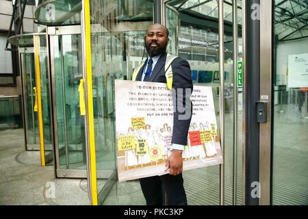 London, UK. 12th Sep 2018. 12/09/2018 100 Women against Fracking, Parliament Square Credit: Natasha Quarmby/Alamy Live News - Stock Photo