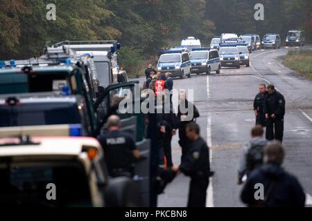 13 September 2018, North Rhine-Westphalia, Kerpen: Police are gathering at the Hambach Forest. Authorities want to start evictions in the Hambach Forest. Photo: Marius Becker/dpa - Stock Photo