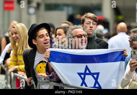 Harry Saul Markham and Gary Benjamin (Zionism supporters) protesting outside Labour Party HQ as the party discuss anti-Semitism inside. Sept 4th 2018 - Stock Photo