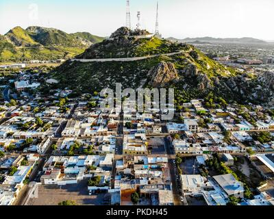 Cerro de la campana. Colonia Centro. Paisaje urbano, paisaje de la ciudad de Hermosillo, Sonora, Mexico. Urban landscape, landscape of the city of Hermosillo, Sonora, Mexico. (Photo: Luis Gutierrez /NortePhoto) - Stock Photo