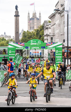 HSBC British Cycling Let's Ride event prior to the OVO Energy Tour of Britain cycle race, Stage 8, London, UK. Public cycling on closed roads in City - Stock Photo