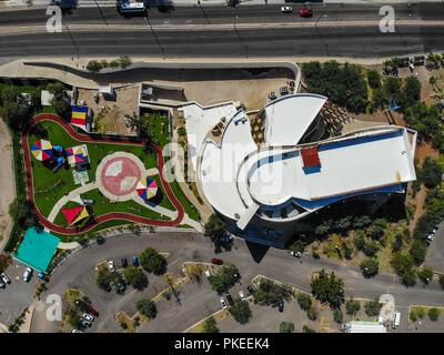 Museo de Arte de Sonora, MUSAS. Estacionamiento. Parque  Paisaje urbano, paisaje de la ciudad de Hermosillo, Sonora, Mexico. Urban landscape, landscap - Stock Photo
