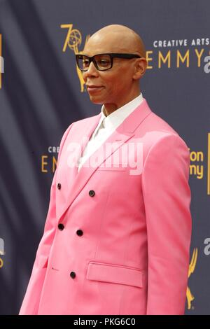 Los Angeles, CA, USA. 9th Sep, 2018. LOS ANGELES - SEP 9: Rupaul at the 2018 Creative Arts Emmy Awards - Day 2 - Arrivals at the Microsoft Theater on September 9, 2018 in Los Angeles, CA at arrivals for Primetime Emmy Awards: Creative Arts Awards - SUN, Microsoft Theater, Los Angeles, CA September 9, 2018. Credit: Priscilla Grant/Everett Collection/Alamy Live News - Stock Photo