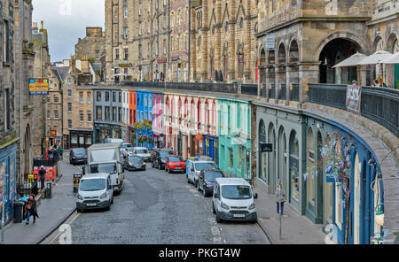 EDINBURGH SCOTLAND THE BUILDINGS AND SHOPS OF VICTORIA STREET AND WEST BOW - Stock Photo