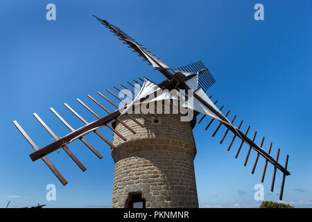 Batz-sur-Mer, France. Picturesque view of the 16th century Moulin de la Falaise (Mill of the Cliff), on the Guerande Peninsula at Batz-sur-Mer. - Stock Photo