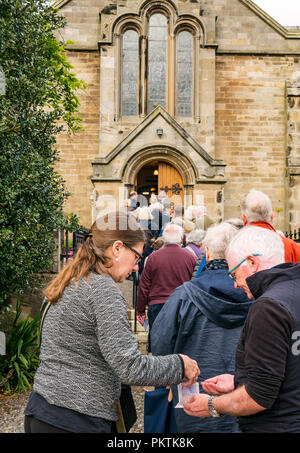Gladsmuir Parish Church, Gladsmuir, East Lothian, Scotland, UK, 15th September 2018. The concert series continues on its second day with Bach's Musical Offering  by Dunedin Consort at the Lammermuir Festival in Gladsmuir. People queue to get into the concert and buy programmes - Stock Photo