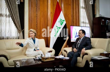 Bagdad, Iraq. 16th Sep, 2018. Ursula von der Leyen (CDU), Federal Minister of Defence, will be received by Al Hayali, Iraqi Minister of Defence. The minister is in Baghdad for political talks. Credit: Kay Nietfeld/dpa/Alamy Live News - Stock Photo