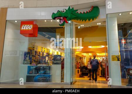 46db40e9eba Lego Store - Bluewater Shopping Centre - Kent Stock Photo  218825769 ...