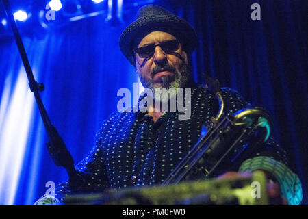 Norway, Oslo - August 30, 2018. The American rock band Los Lobos performs a live concert at Cosmopolite in Oslo. Here musician Steve Berlin is seen live on stage. (Photo credit: Gonzales Photo - Per-Otto Oppi). - Stock Photo