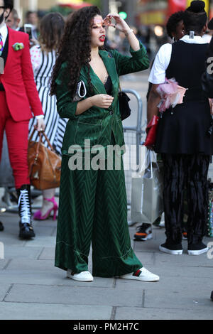 London, UK, 17th Sep 2018. Member of the public poses for Street fashion at Spring Summer 2019, London Fashion Week Credit: WFPA/Alamy Live News - Stock Photo