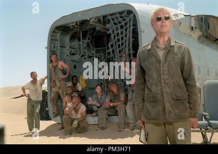 Film Still from 'Flight of the Phoenix' Giovanni Ribisi (foreground), Hugh Laurie, Dennis Quaid, Tyrese Gibson, Kevork Malikyan, Jacob Vargas, Miranda Otto, Scott Michael Campbell, Kirk Jones © 2004 Twentieth Century Fox Photo Credit: Egon Endrenyi  File Reference # 30735911THA  For Editorial Use Only -  All Rights Reserved - Stock Photo