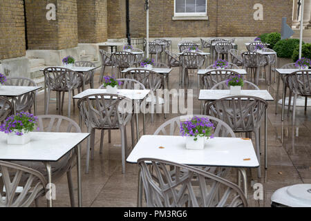 Cafe Table and Chairs, Gallery Mess, Saatchi Museum, Duke of York Square; Chelsea; London; England; UK - Stock Photo