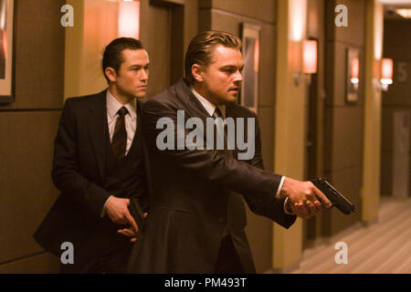 """(L-r) JOSEPH GORDON LEVITT as Arthur and LEONARDO DiCAPRIO as Cobb in Warner Bros. Pictures' and Legendary Pictures' sci-fi action film """"Inception,"""" a Warner Bros. Pictures release. - Stock Photo"""