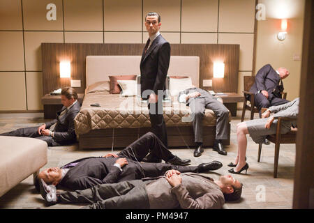 """(Clockwise from TOP left) LEONARDO DiCAPRIO as Cobb, JOSEPH GORDON-LEVITT as Arthur, CILLIAN MURPHY as Robert Fischer, TOM BERENGER as Browning, ELLEN PAGE as Ariadne, TOM HARDY as Eames, and KEN WATANABE as Saito in Warner Bros. Pictures' and Legendary Pictures' sci-fi action film """"INCEPTION,"""" a Warner Bros. Pictures release. - Stock Photo"""