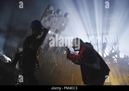 Film Still / Publicity Still from 'World Trade Center' William Mapother, Director Oliver Stone © 2006 Paramount Pictures Photo Credit: James Nachtwey  File Reference # 30737872THA  For Editorial Use Only -  All Rights Reserved - Stock Photo
