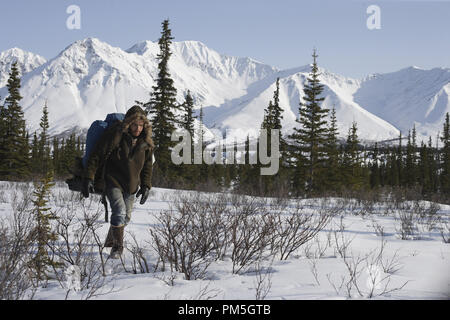 Film Still from 'Into the Wild' Emile Hirsch © 2007 Paramount Vantage Photo credit: Francois Duhamel   File Reference # 30738426THA  For Editorial Use Only -  All Rights Reserved - Stock Photo