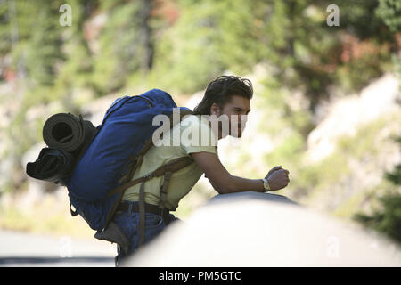 Film Still from 'Into the Wild' Emile Hirsch © 2007 Paramount Vantage Photo credit: Chuck Zlotnick   File Reference # 30738427THA  For Editorial Use Only -  All Rights Reserved - Stock Photo