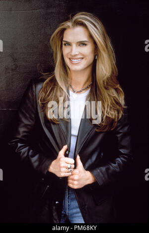 Film Still from 'Suddenly Susan' Brooke Shields 1996 Photo Credit: Andrew Eccles    File Reference # 31042219THA  For Editorial Use Only - All Rights Reserved - Stock Photo