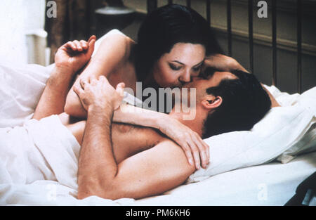 Film Still / Publicity Still from 'Original Sin' Angelina Jolie & Antonio Banderas © 2001 MGM Photo credit: Loudres Grobet File Reference # 30847592THA  For Editorial Use Only -  All Rights Reserved - Stock Photo