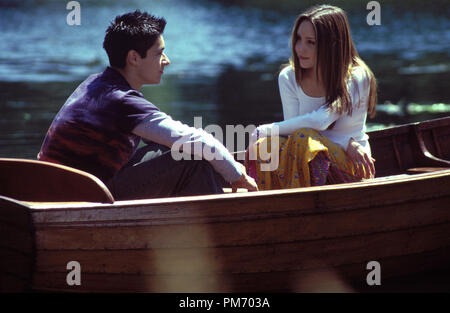 Film Still / Publicity Still from 'What a Girl Wants'  Oliver James, Amanda Bynes © 2003 Warner Bros.  Photo Credit: Frank Connor  File Reference # 30753225THA  For Editorial Use Only -  All Rights Reserved - Stock Photo