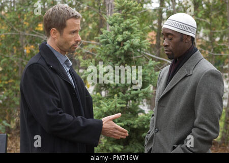 Film Still from 'Traitor' Guy Pearce, Don Cheadle © 2008 Overture Films Photo credit: Rafy   File Reference # 307551130THA  For Editorial Use Only -  All Rights Reserved - Stock Photo