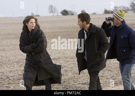 Film Still from 'Eagle Eye' Michelle Monaghan, Shia LaBeouf, director D.J. Caruso © 2008 Dream Works Photo Credit: Ralph Nelson   File Reference # 30755480THA  For Editorial Use Only -  All Rights Reserved - Stock Photo