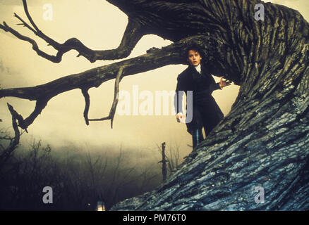 Film Still / Publicity Still from 'Sleepy Hollow' Johnny Depp © 1999 Paramount / Mandalay Pictures Photo Credit: Clive Coote   File Reference # 30973556THA  For Editorial Use Only -  All Rights Reserved - Stock Photo