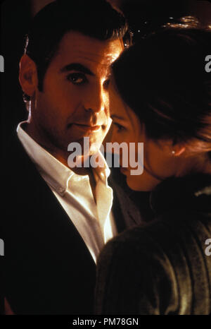 Film Still from 'Out Of Sight' George Clooney; Jennifer Lopez Photo Credit: Merrick Morton © 1998, Universal  File Reference # 30996360THA  For Editorial Use Only -  All Rights Reserved - Stock Photo