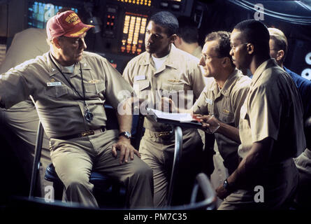 Film Still from 'Crimson Tide' Gene Hackman, Denzel Washington, Matt Craven, Rocky Carroll © 1995 Hollywood Pictures Photo Credit: Richard Foreman  File Reference # 31043513THA  For Editorial Use Only - All Rights Reserved - Stock Photo