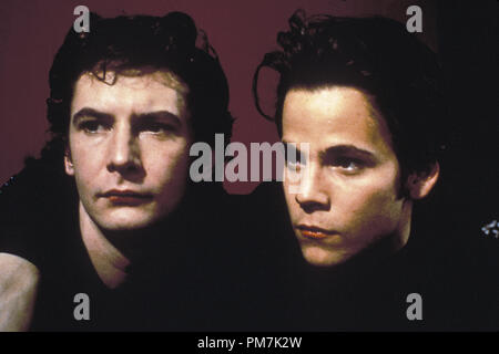 Film Still from 'Backbeat' Ian Hart, Stephen Dorff © 1994 Gramercy Photo Credit: Mark Tillie   File Reference # 31129439THA  For Editorial Use Only - All Rights Reserved - Stock Photo