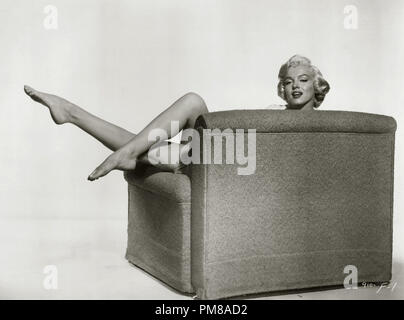 Studio Publicity: 'The Seven Year Itch'  Marilyn Monroe  1955 20th Century Fox  File Reference # 31780_677 - Stock Photo